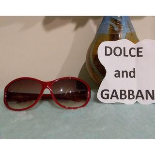 Pre owned authentic Dulce and Gabbana sunglass