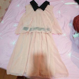 🚚 黑領粉色雪紡洋裝
