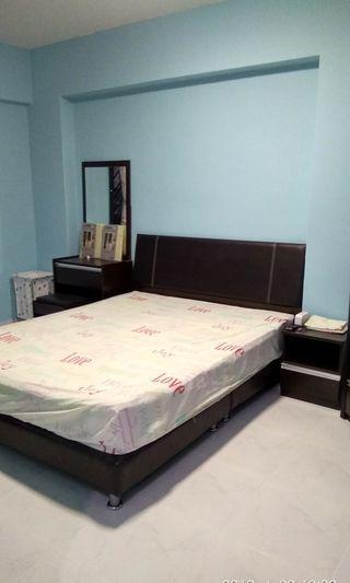 Master Room For Single @ 551 WOODLANDS DRIVE 44