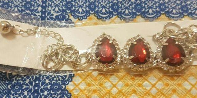 *NEW Imitation Ruby Bracelet With Clear Rhinestones