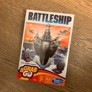100% New Hasbro - Battleship Grab & Go
