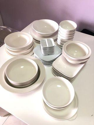 🚚 Plates and Bowls