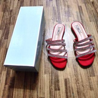 Nose Red Diamondate Strappy Sandal
