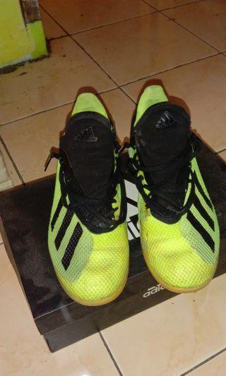 Sepatu Futsal Adidas x tango18.3 Bekas