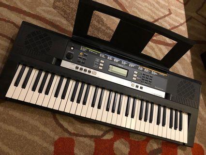Yamaha Keyboard PSR E243
