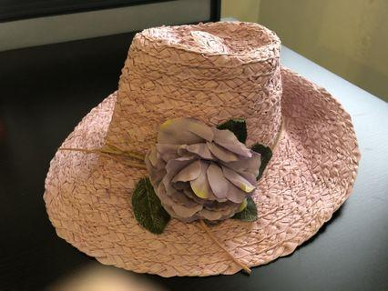 Brand new flower straw hat