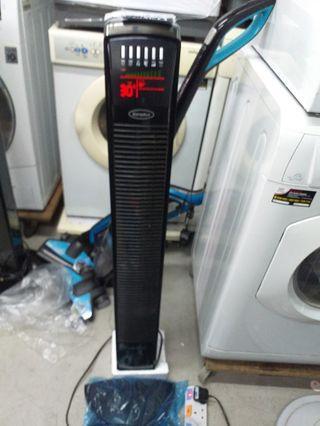 $90 for 2 EuropAce Tower Fan model etf 128c & etf 129p