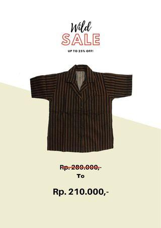 Black-and-brown stripes shirt