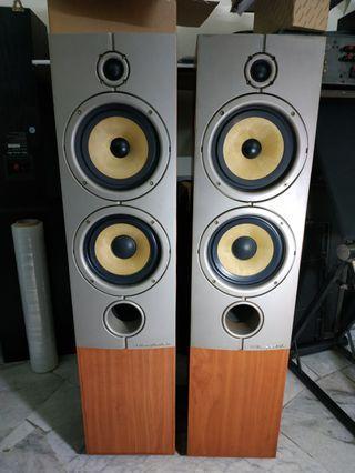 Wharfedale Diamond 8.4 floor speakers