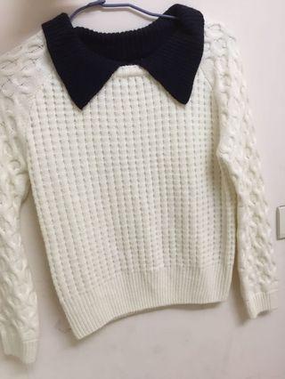 白色假兩件毛衣