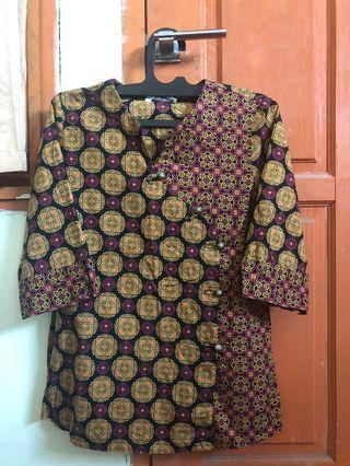 (Preloved) Batik Keris lengan 3/4