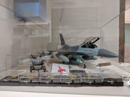 F-16 plane 1/32 scale model