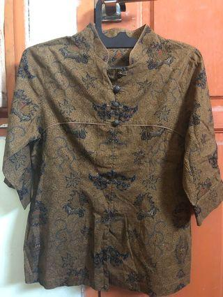 (Preloved) Kemeja Batik keris