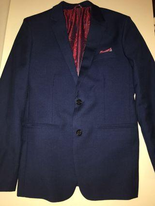 Navy blue suit size 34
