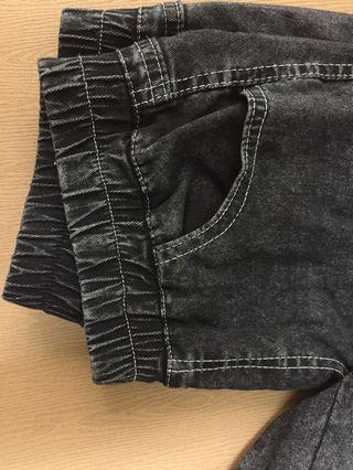 黑色偽牛仔緊身褲