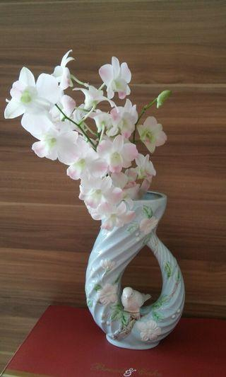 Made in Japan Artistic Ceramic flower vase