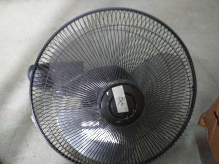 🚚 $40 Mistral mwf1870r retail:$128wall fan