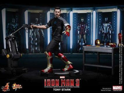 Hottoys MMS-191 Iron Man 3 Tony Stark Armor Testing Mech Test (BIB)