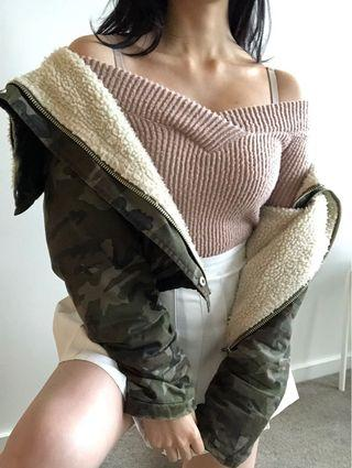Authentic unif camo crop jacket
