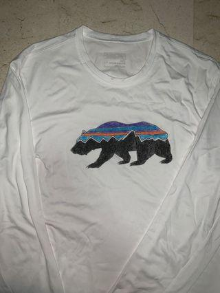 Authentic Long Sleeve Patagonia White Graphic Tee Shirt