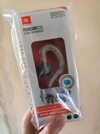 JBL Focus 100 Women Behind-the-ear sport headphones
