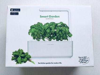 Click and Grow Smart Garden 3 Indoor Gardening Kit (Includes 2 Oregano plant pods), White