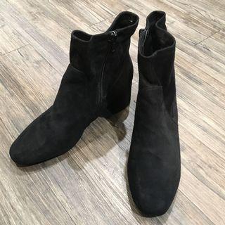 🚚 麂皮粗跟短靴