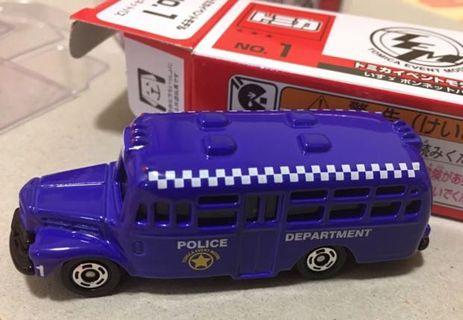 Tomica event model no.1 2019 bonnet bus police