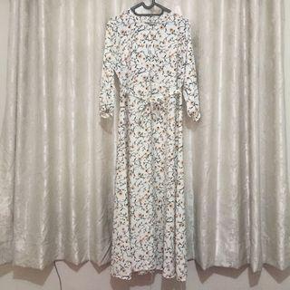 Gamis Dress Bunga Putih
