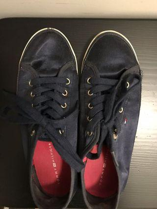 Tommy Hilfiger satin shoes