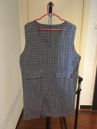 Grey Sleeves-less dress