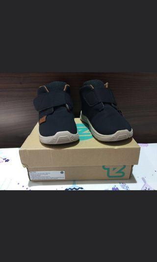 Sepatu Anak (Toe Zone / Osh Kosh)