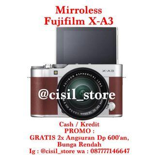 Fujifilm XA3 Bonus : Tas + SD Card + Mini triport