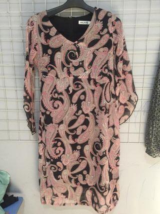 MINT Dress motif batik Like new