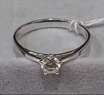 🚚 Sales! Diamond Ring 0.3ct (Authentic)