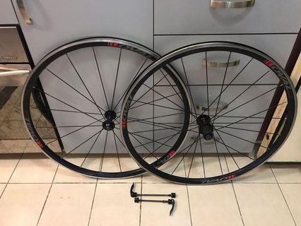 Oval 327 (Aluminum Wheelset)
