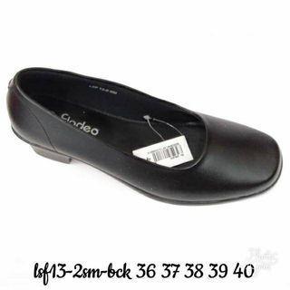 Sepatu Pantofel Fladeo