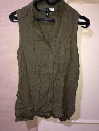 H&M green sleeveless top