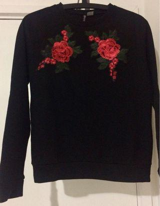 Black floral jumper sweater