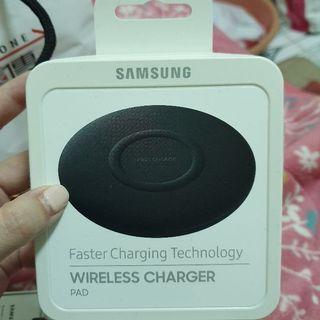 Samsung 無線充電板