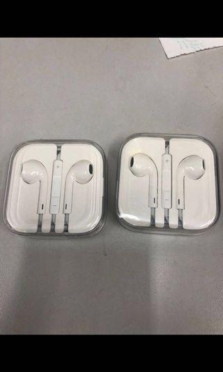 原裝正貨 ( 2個$150 ) I phone 耳機   3.5mm圓插頭(志在清貨)