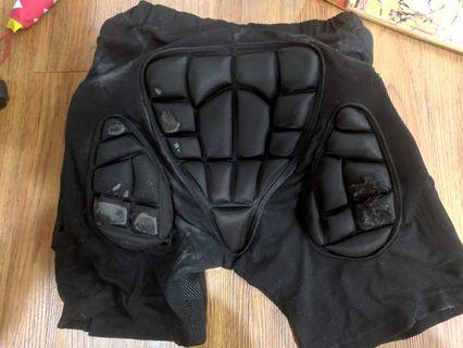 🚚 Safety Gear - 護具