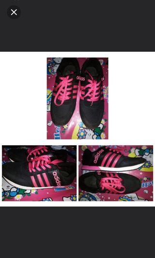 Adidas pink lucu