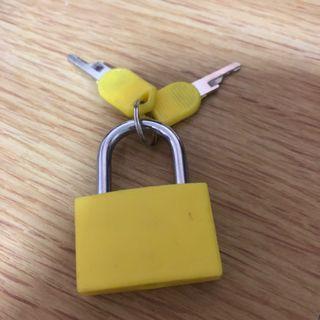 Yellow Mini Lockpad