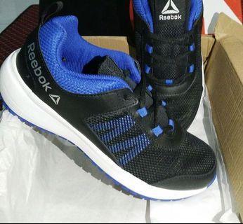 New!!!!Sepatu Reebok Hitam