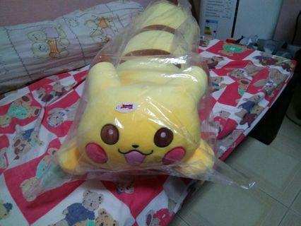 🚚 Pikachu bolster