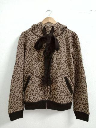 PBD Japan Leopard Sweater