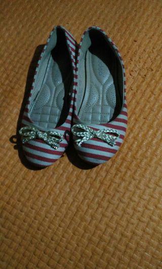 Preloved sepatu pladeo