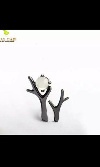 🚚 Black Night Forest Moon Stud Earrings 100% 925 Sterling Silver