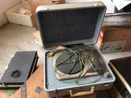 🚚 老唱片機